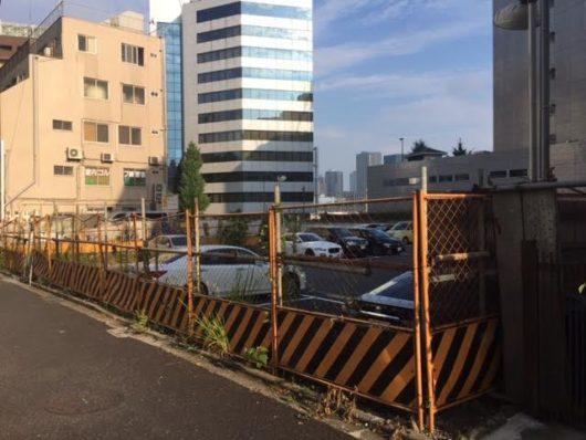 泉岳寺駅近く駐車場