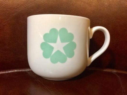 五つ葉のクローバーカップ