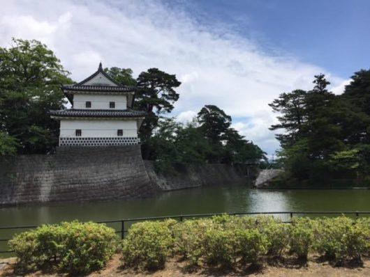新発田城お堀